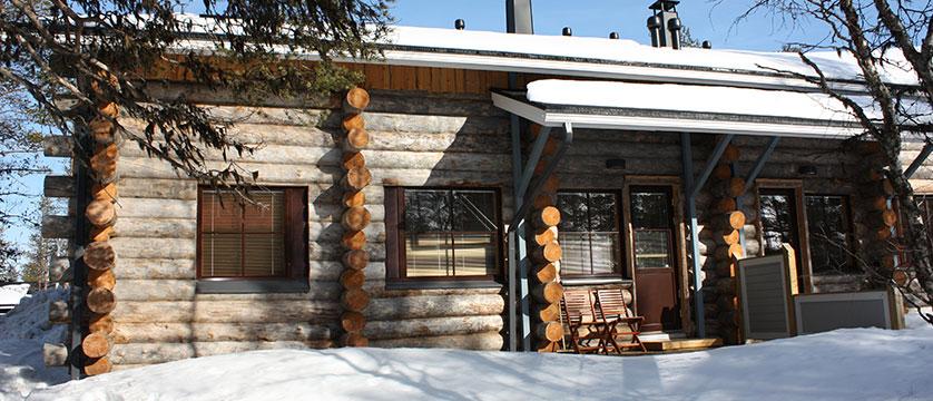 Finland_Saariselka_saariselka_log_cabin_-2-bedroom-plus-loft-cabin-exterior.JPG